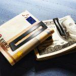 Прогнозы финансистов: что ждет доллар и евро?